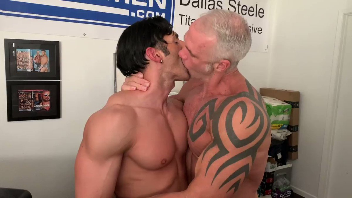 Yaaas kween she tried the swing 😈🍑💦 #new #onlyfans vid cuming friday 11/8  I went to visit the hottest #daddy on the planet @Dallassteelexxx & we got to play in his fun room 🎠🍆 #gayporn #fun #gaybottom #fetish #playtime #dallassteele #palmsprings