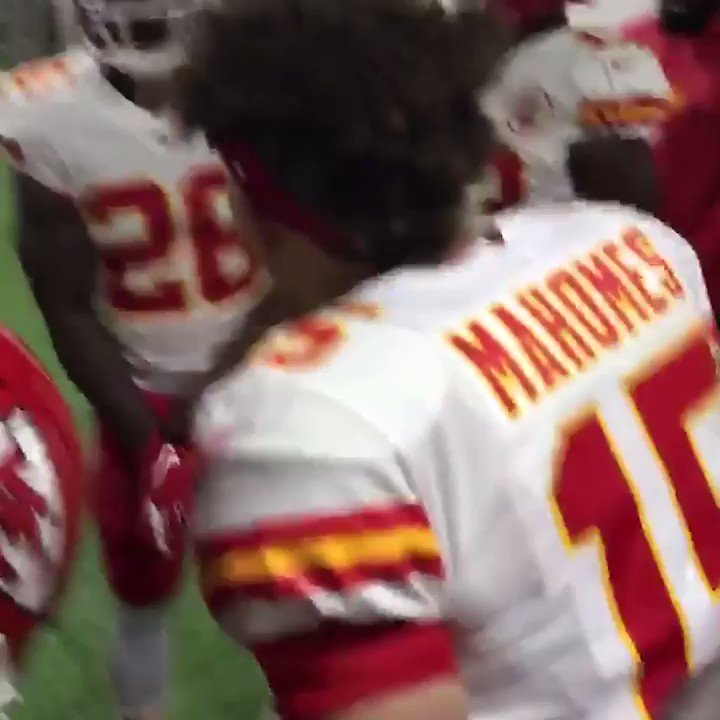 PAT MAHOMES HYPING UP THE SQUAD 😤🔥