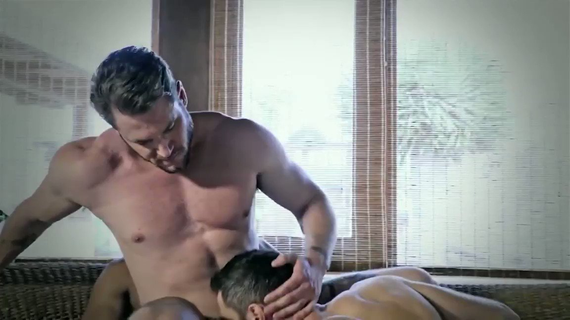 Hot ass to mouth with @AceEra2 , @RalphNovak7 and @LucasFoxlx   #gayorgy #gaysex #gaythreesome #bb #bareback