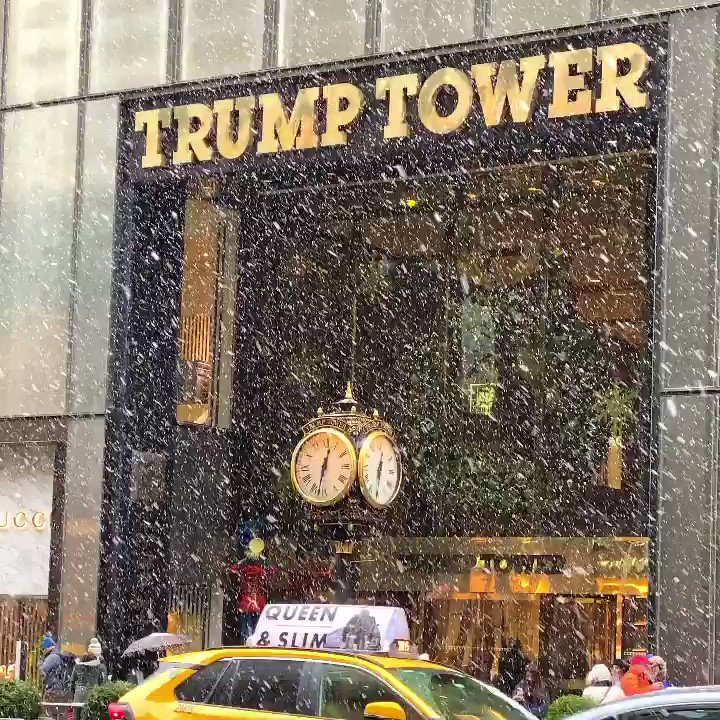 First snowstorm of the season today at @TrumpTower ❄️ #NewYorkCity