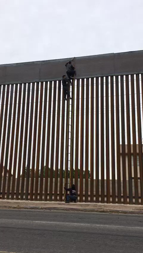 This is the newly replaced wall along the US/MEXICO border. #TheWall