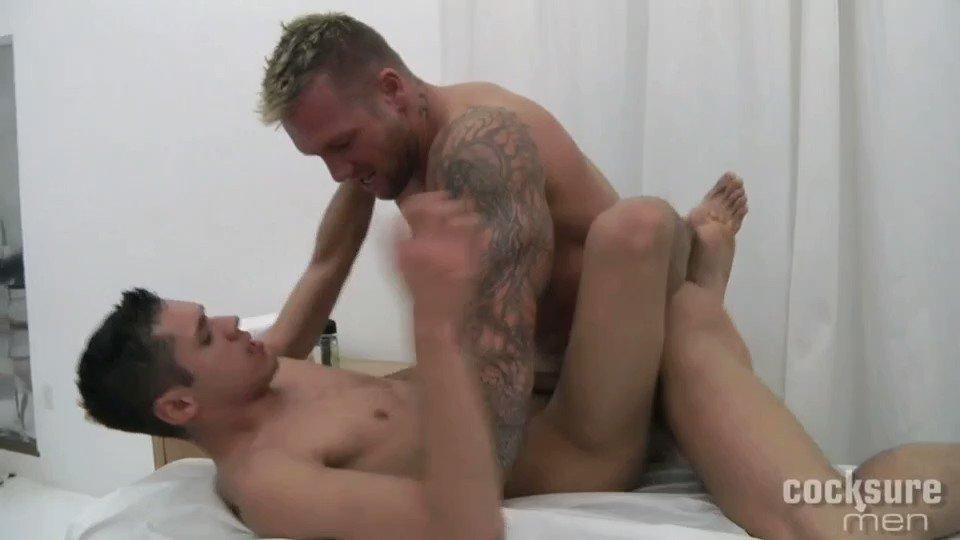@xbodeanx Fuck #GiovanniSummers #BoDean #gayporn #sexy #men #gaycock #gaydick #pornstar #daddy #hotdaddy #hardfuck #nsfw #moaning #missionary #bigdick #bigcock #porn #retweet #xxx