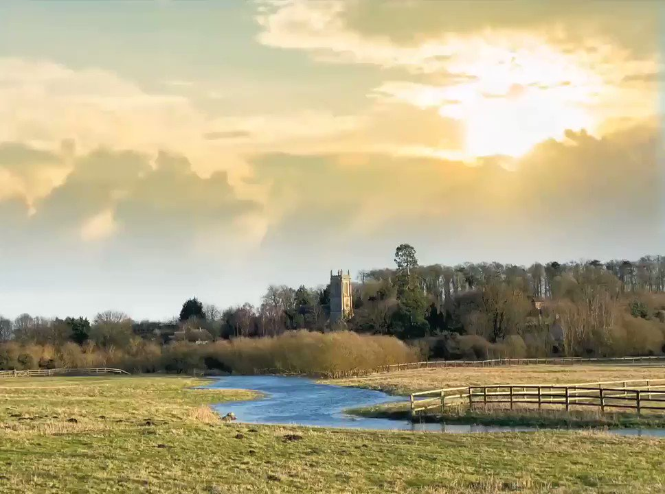The church at West Overton and the river Kennett, Wiltshire yesterday #pixalooped https://t.co/w2SbYnrZmm