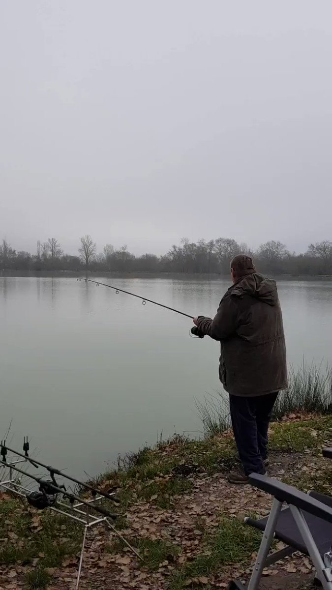 3rd go at posting this! #carpfishing #Fishinginfrance #fishinglife https://t.co/2ZOQa1EK23