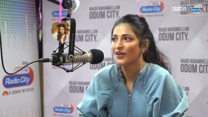 Thankyou so much @shrutihaasan for the love you have for us darling. You are the bestest ! Love you & more power to you ❤💪🤗 Absolutely loved your interaction with @nancyshyla in #starexpress #withloveshruti at @radiocityindia