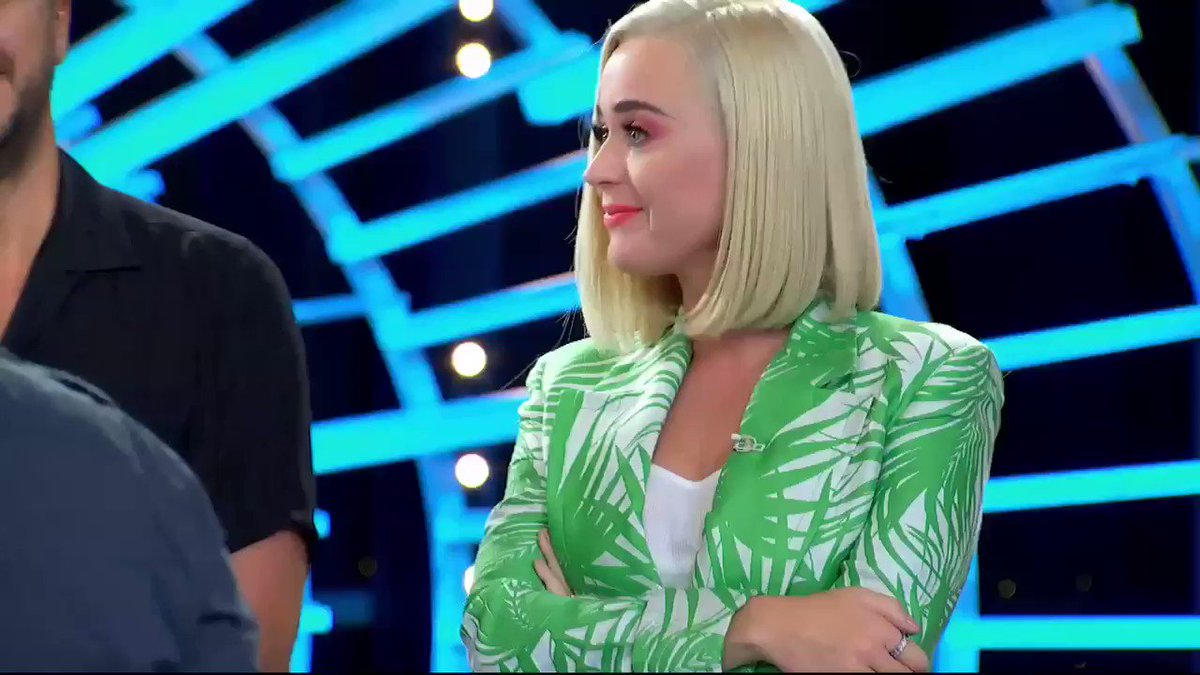 #DouglasKiker that wasn't garbage 🚮 that was GREATNESS 🏆😩 Is this the fastest in a season a contestant has made us cry? 🥺#AmericanIdol https://t.co/2z3aHsdKYo