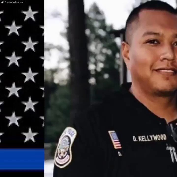RIP Officer David Kellywood, he was 26 yrs old & a married father of 2. He was responding to a call of shots fired & during a physical altercation with the assailant he was shot to death. Please join me in honoring him.  HIS LIFE MATTERED!🙏