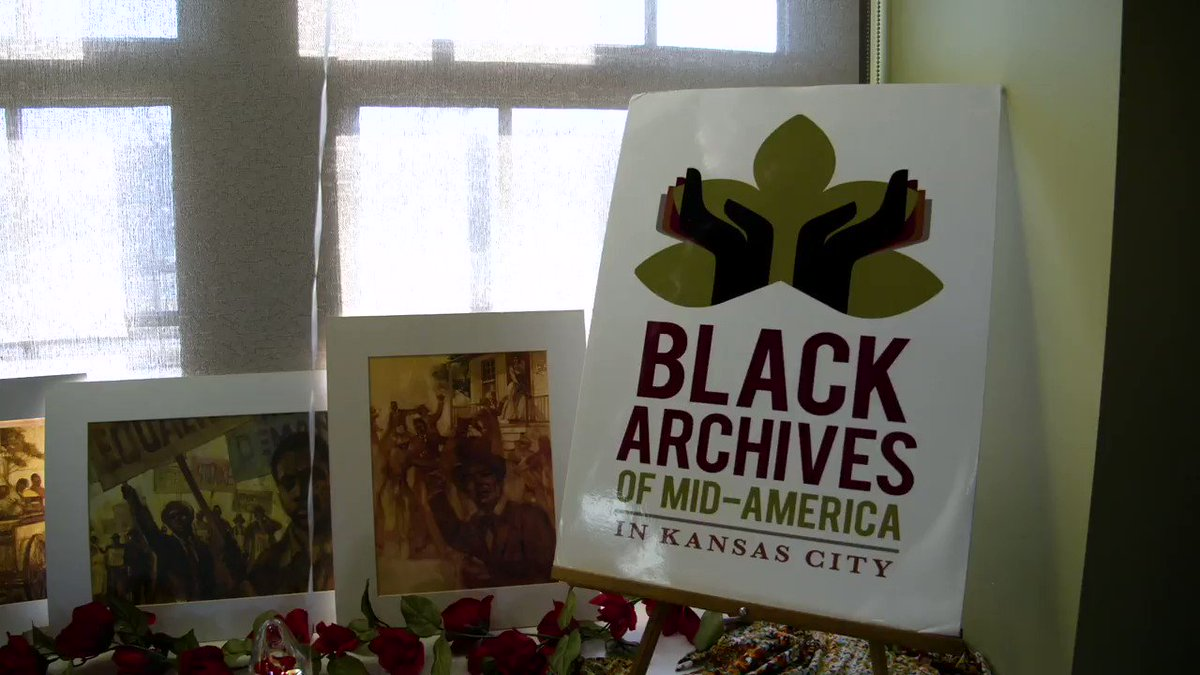 """""""I told the kids that if they could each learn one thing here today, then it'd be a great day for them.""""  Kansas City Ambassador Eric Hicks visited the Black Archives of Mid-America alongside 25 kids from Central Middle and @CityYearKC today in celebration of Black History Month."""