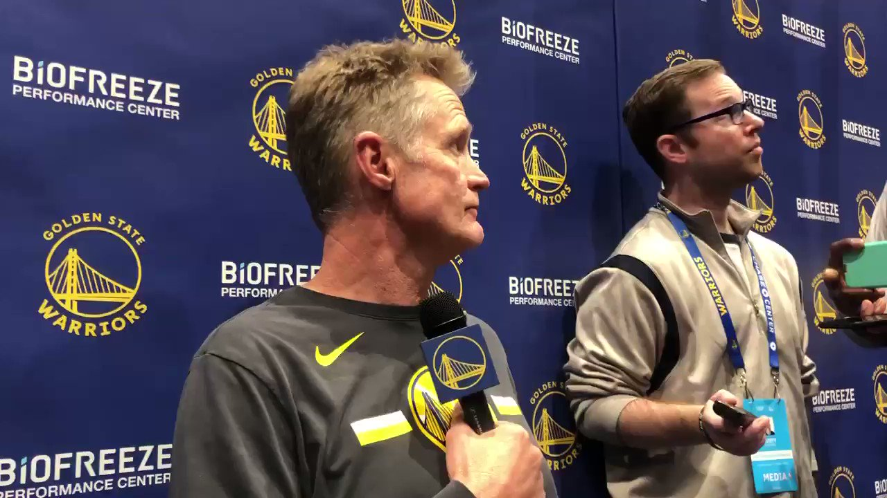 """Steve Kerr on the idea of holding out a healthy Steph Curry: """"No. He's perfectly healthy. If the point is he might get hurt, what's the point of ever playing anybody? I guess the argument is we're not making the playoffs. So, are we not trying to entertain our fans?"""" https://t.co/3I8VUmCN07"""