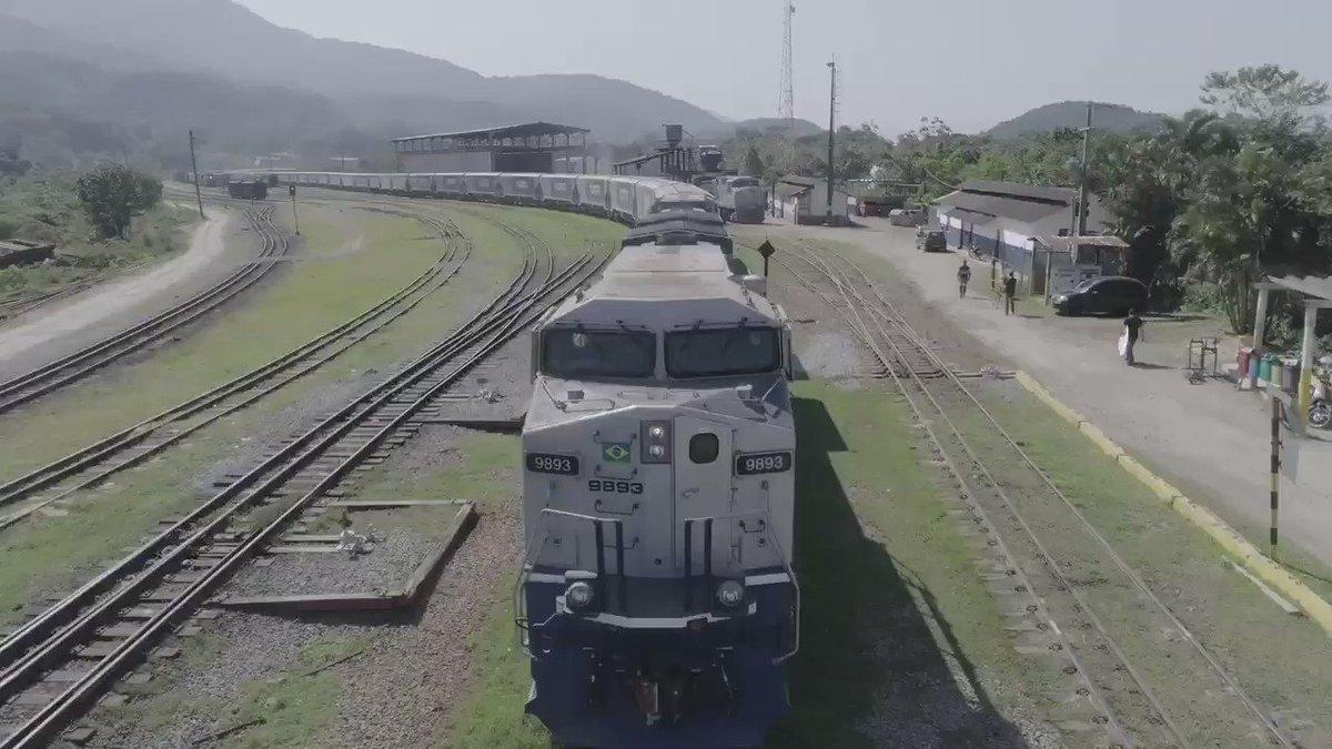 STF rejeita  pedido de cautelar  para suspender pontos da Lei que permite a antecipação de contratos de concessão de ferrovias e investimentos cruzados.  Grande dia! 🇧🇷  Segue dando certo o Brasil que quer fazer!! 💪🏻 @MInfraestrutura @jairbolsonaro @tarcisiogdf