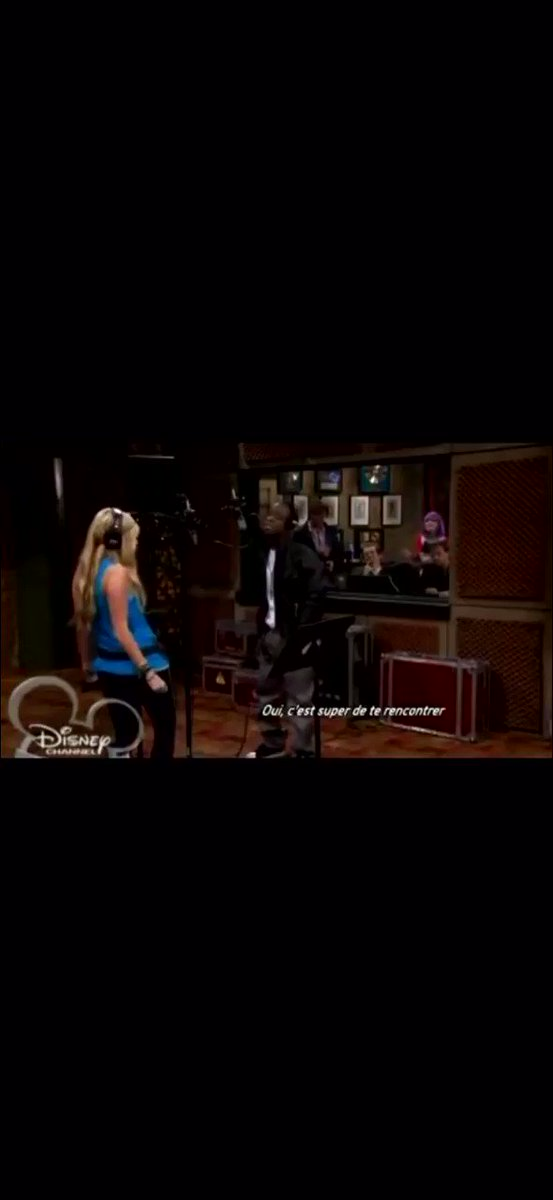 that time Hannah Montana and Iyaz decided to bring r&b to disney🥺