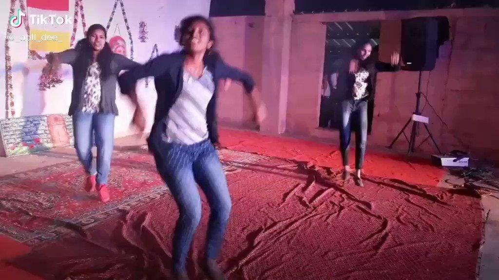 #Verithanam Song Girls Performance..💥💥   Pullingo Irukkanga Vera Enna Venum..😍😍  #Bigil #Master