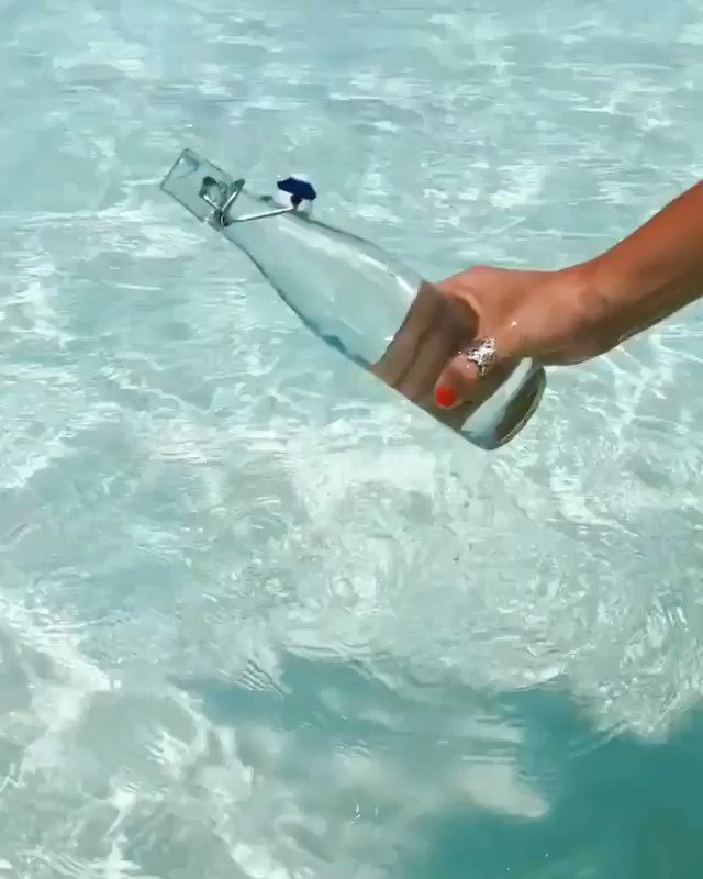 Amazing clear water in Maldives