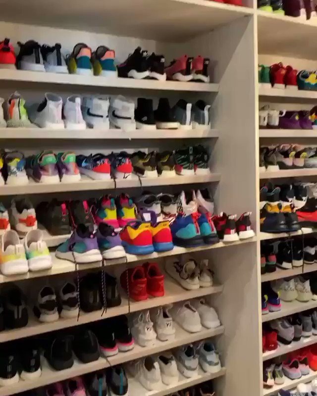 Things I need: @Zedd's entire sneaker collection. 🚀