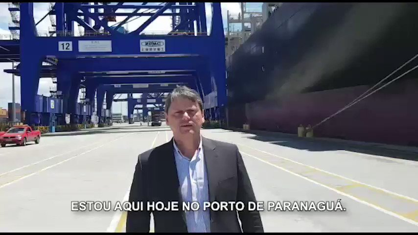 O investimento privado está mudando a cara dos portos brasileiros! Governo @jairbolsonaro seguirá criando + condições. Novo Terminal de Contêiner de Paranaguá ampliou em 65% capacidade de movimentação. É tb o 1o investimento chinês de grande porte no setor portuário. Bom sinal 🇧🇷