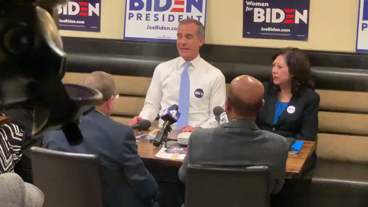 """""""Let me tell you, Joe Biden is on fire,"""" said @MayorOfLA at campaign event in South LA for @JoeBiden ahead of #superTuesday.  Garcetti also thanked Sen. Amy Klobuchar and Pete Buttigieg.  Mayor is joined my LA County Supervisor @HildaSolis and LA Councilmember @PaulKoretzCD5"""