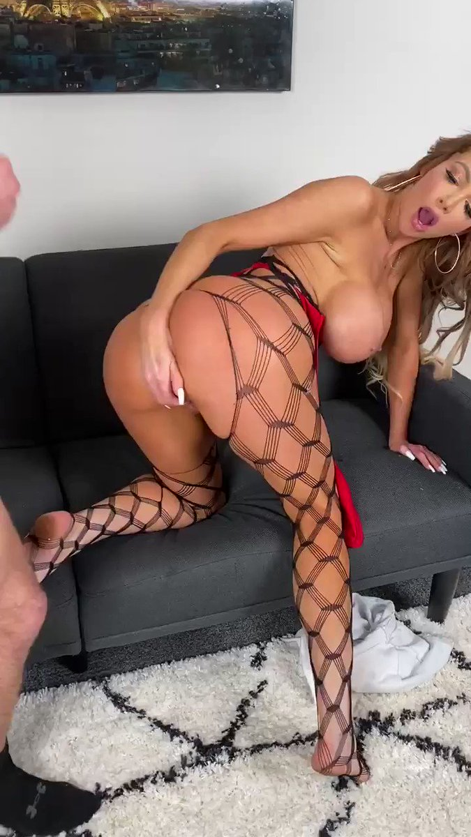 Watch my new exclusive scene on  😈😈💦💦 #SheaSquad 🔥 join now!!