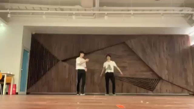 MOONBIN AND ROCKY FROM ASTRO BEING THE BEST DANCERS 🤭