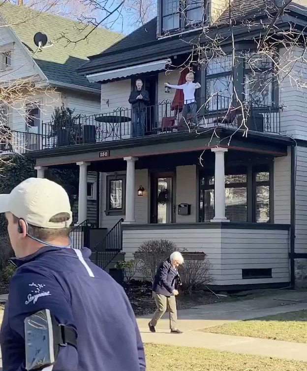 The neighborhood social distancing dance party in Buffalo is LIT.