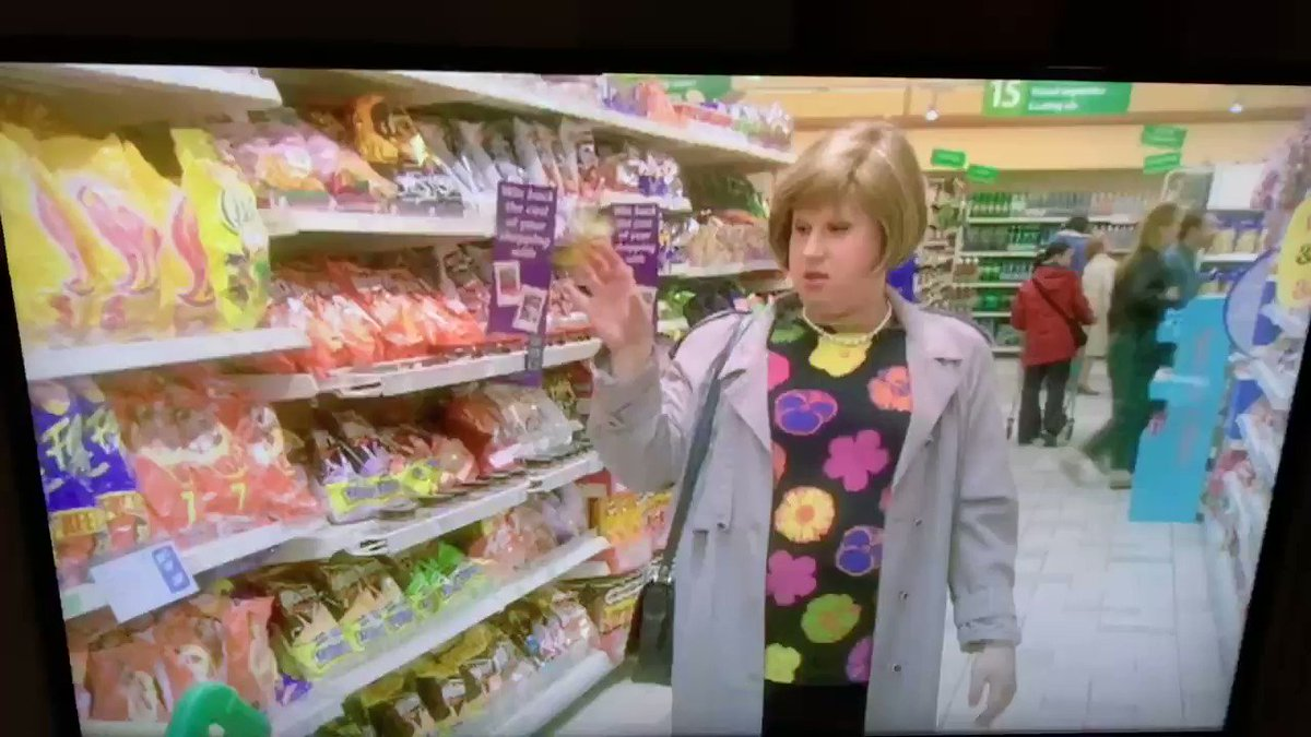 @RealMattLucas Watching #LittleBritain and did I just hear Marjorie Dawes humming the Baked Potato Song? 🇬🇧 🥔
