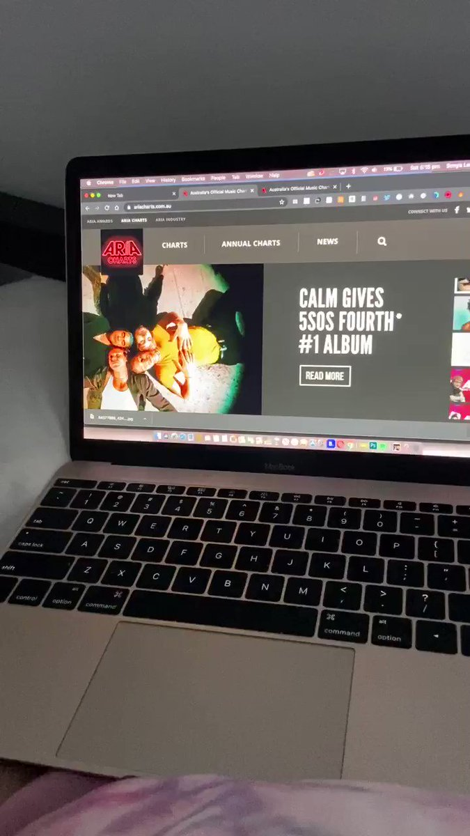 THIS IS SO FUCKING SEXY 5SOS DESERVE THIS NUMBER ONE ALBUM SO SO MUCH @5SOS #CALM