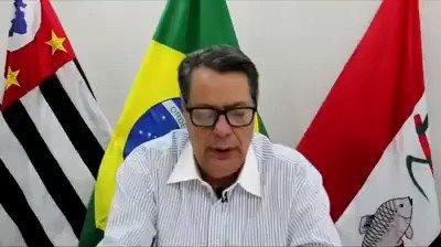 - Prefeito de Pirassununga/SP reabriu seu comércio por decreto, mas teve que voltar atrás por decisão do Governador de São Paulo.