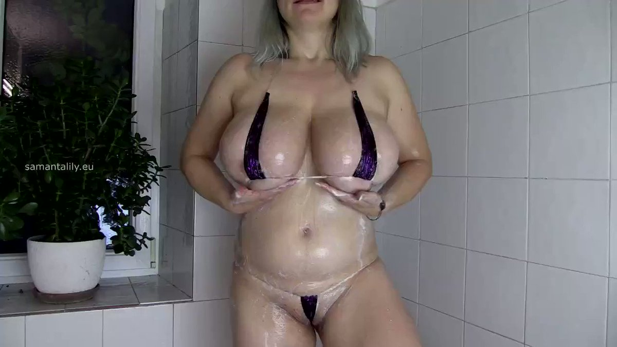 Just made a sale! MILF taking shower  #MVSales