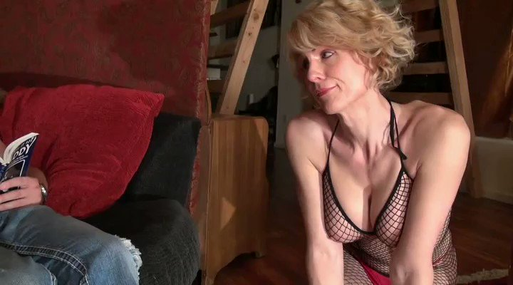 I sold another #clip! Step-Daddy's Pet - MOBILE Version  #ROLEPLAY via @Clips4Sale