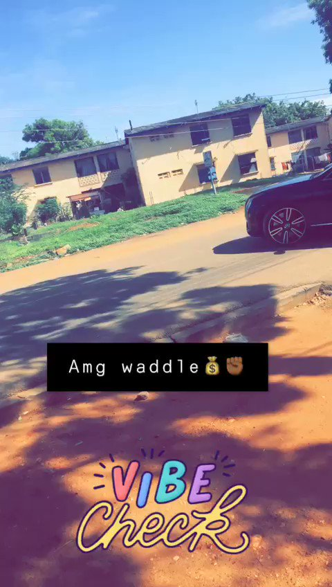 Jux Spotted @CrissWaddle In His BENTLEY...  #AmgBiziness💰 #OhWhaaaat🎱