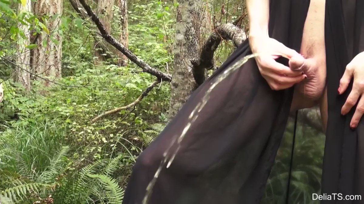 I sold another #clip! Delia Pees in the Woods  #OUTDOORS via @Clips4Sale