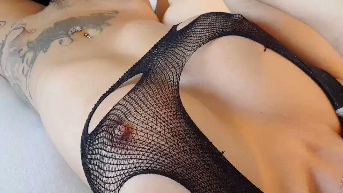 link right into her room @0bedientsltt  ▶️