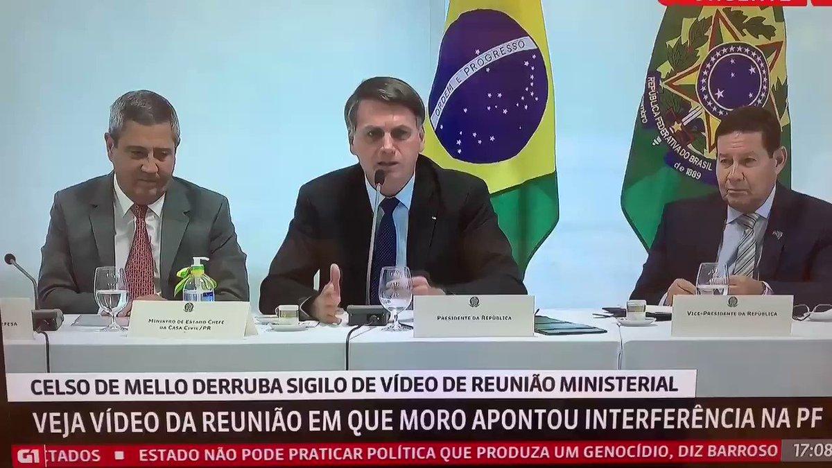 Gente, nunca desejei a hemorroida de Bolsonaro. Deus me livre.