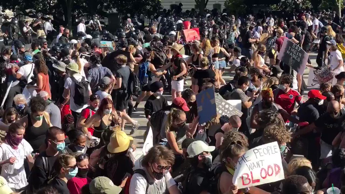 Clashes escalate outside of White House:
