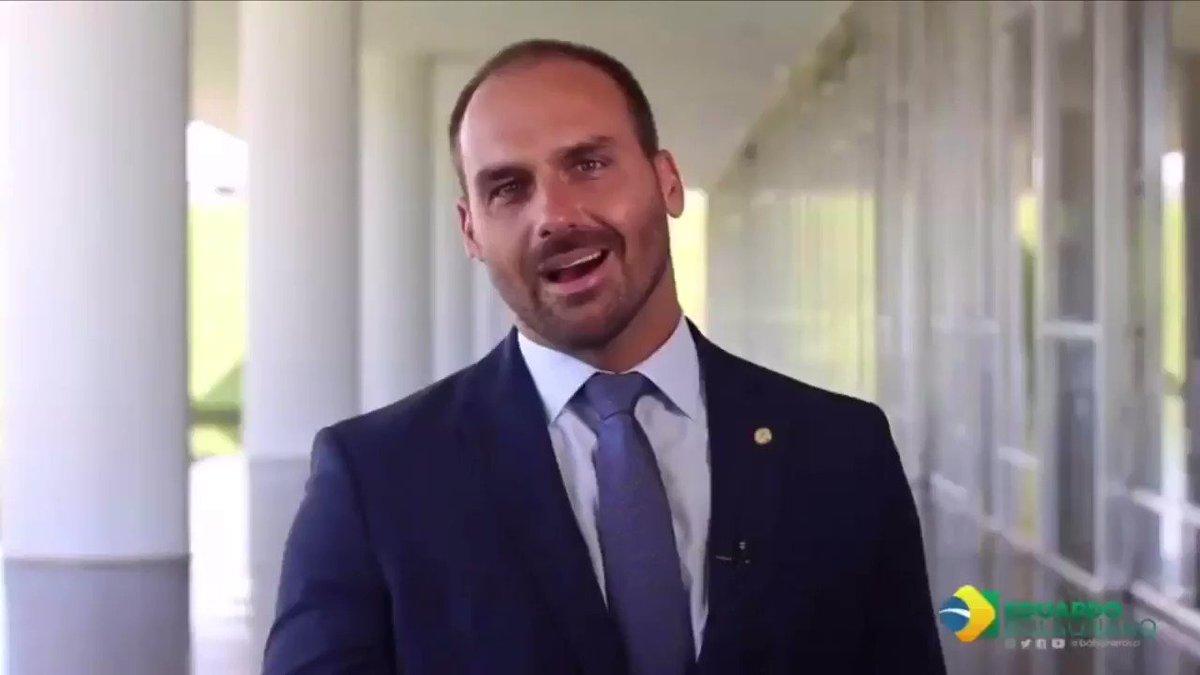 Uma coisa vocês não podem negar, a vinheta de abertura do programa do @BolsonaroSP no Youtube ficou show!