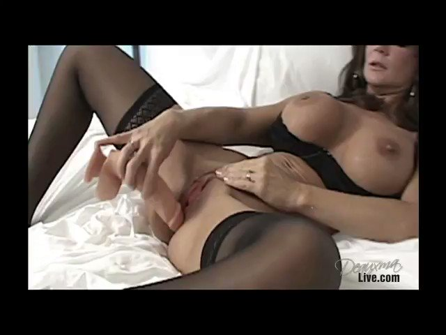 Video - Dildo and Squirting.