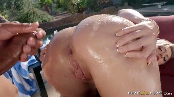 @DeeWilliamsXXX 😱😱😱❤️❤️❤️ #hotgirl in fine form!!