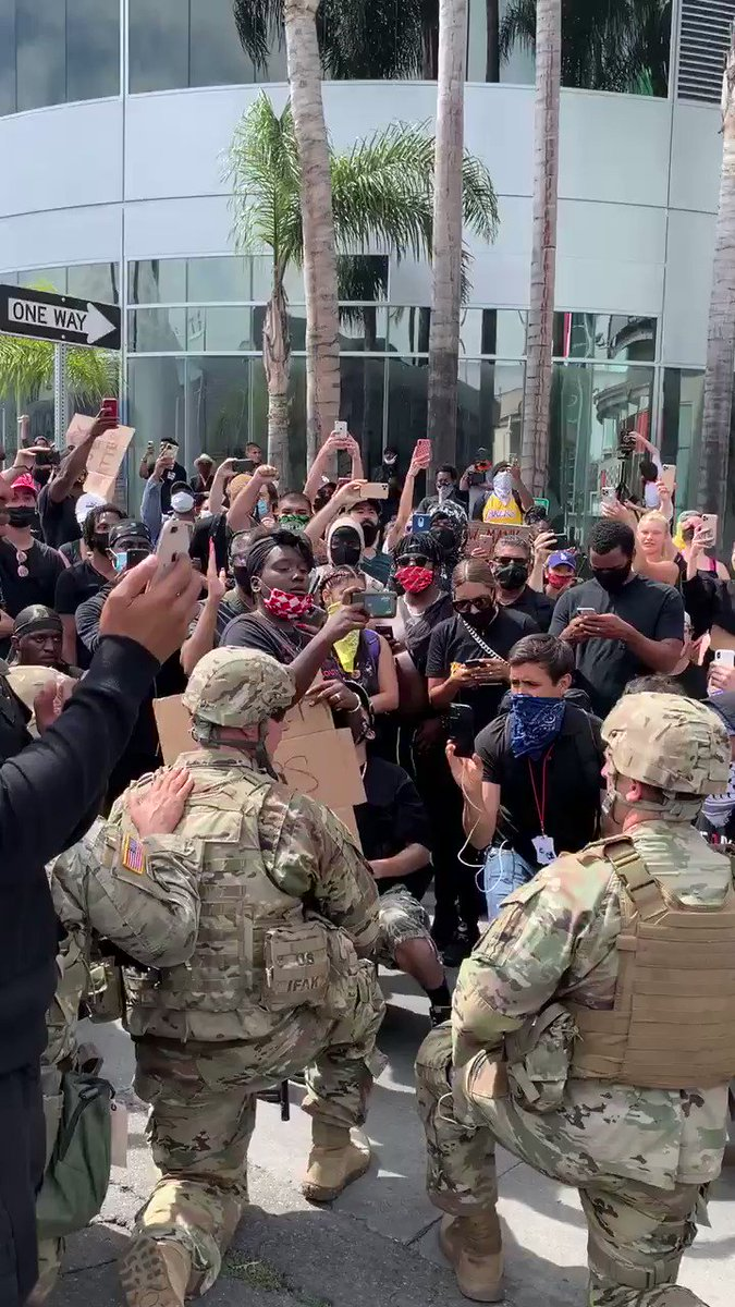 Such a dangerous precedent. For liberals with an IQ of 9, let me make it simple: imagine your local Guard takes a knee for the KKK, to use a horrid scenario. All of a sudden it's not so great to allow our military to engage in political gestures, is it?