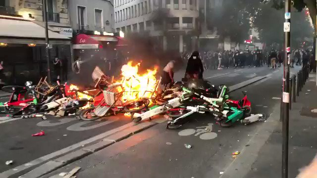 Anarchy exploding in Paris and other European capitals as the radical left and radical Muslim organizations are not missing the opportunity to create waves of destruction across Europe, hiding behind peaceful social justice campaigns. Sickening, wake up Europe!