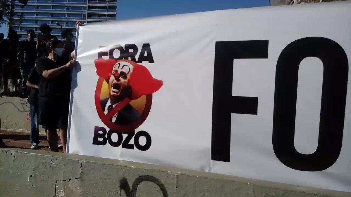 #ForaBolsonaro  7/6 ..Largo da Batata....SP .. Com apoio de pedestres e dos motoristas que passam pelo local . a mansagem é clara ... Acabou Bolsonaro ....
