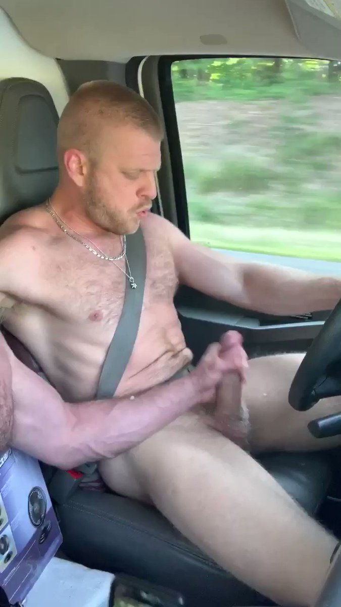 😈 Sometimes you just gotta shoot your load right here, right now. 💦💦💦@loganstevensxxx #gay #sex #cumshot #orgasm #sperm #jerkoff #sucking #oral #gayporn