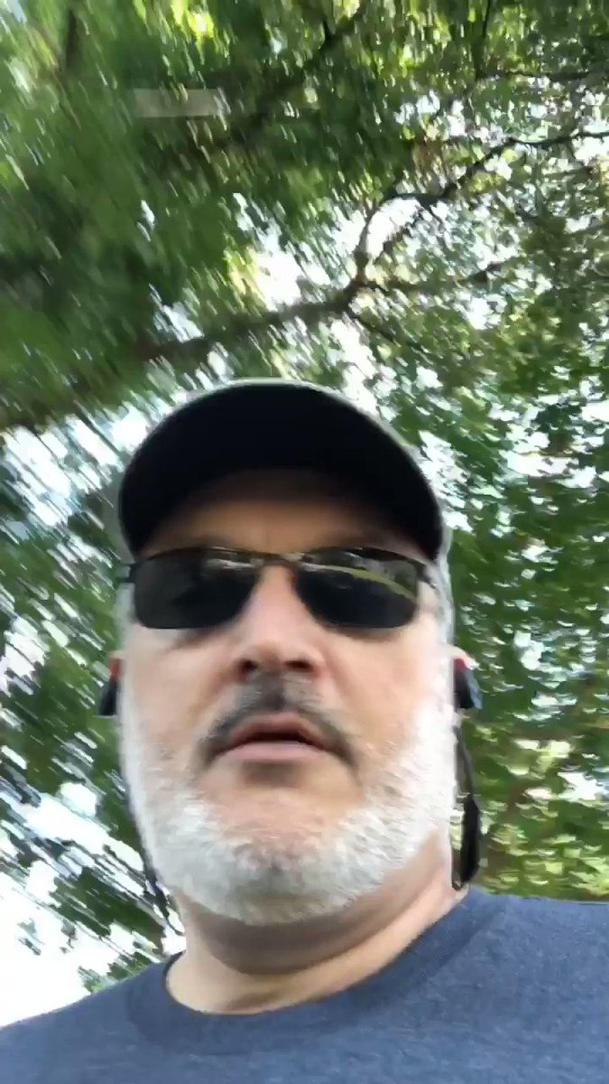 askgaryanother: Starting the @wagento #bigdamrun (walk) sponsored by @nexcess https://t.co/UaJECUebIT