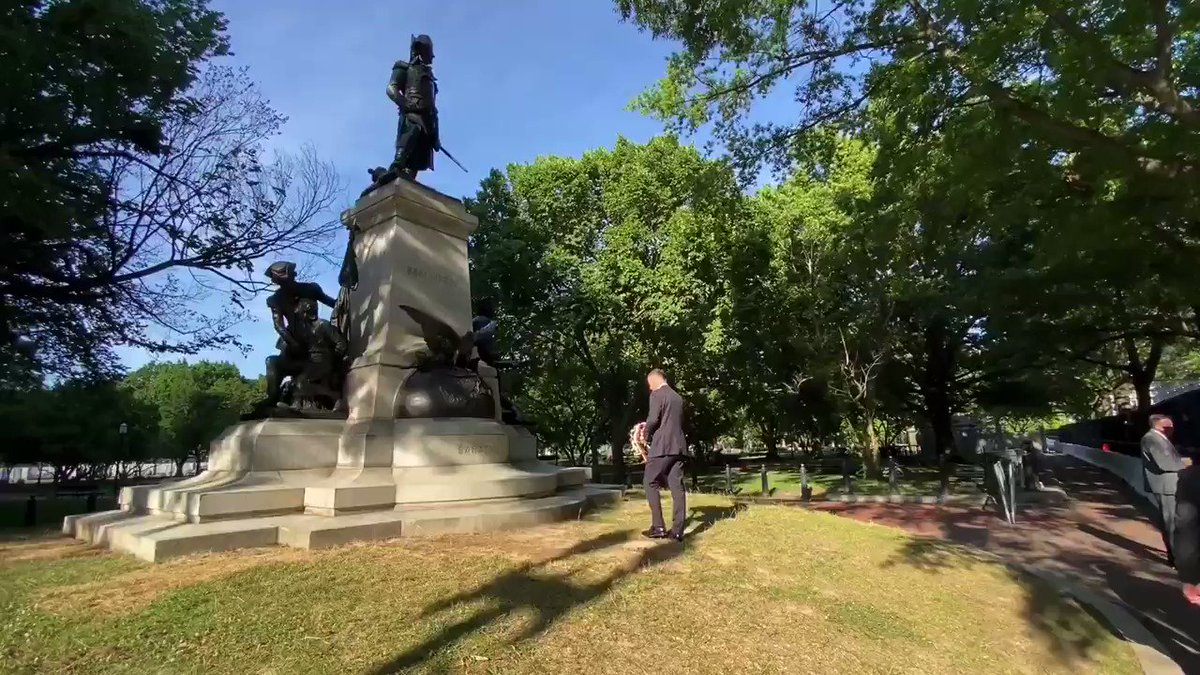 BREAKING: Polish President Duda comes to DC and paid respects today to statue of Polish hero who fought in the Revolution that was defaced in Lafayette Square