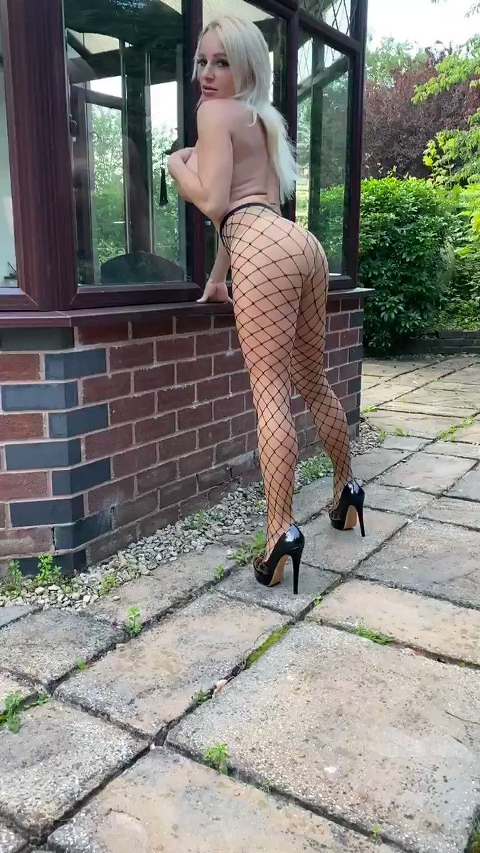 Wearing nude colour tights with fishnets 💖