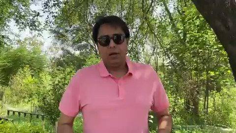 Gulabi shirt Khizab say rangay Baal Deo Malai kalay chashmay  Youthiye to ush ush kartay hongay? #youthie