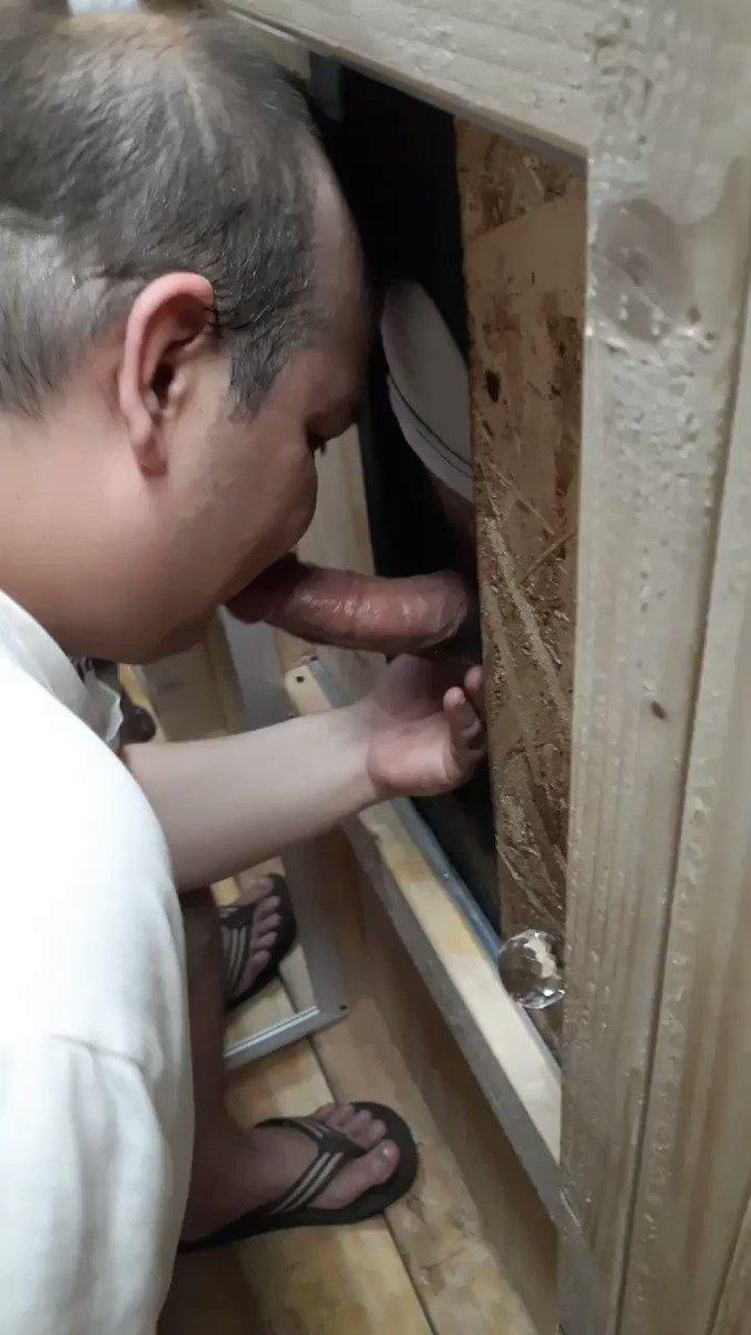 "#GarageGloryHole #Gloryhole #gloryholemovement #FoxAndKoda #hung #FLINT #thick #str8 #cock #bigballs #Blowjob   A favorite regular, 20 year old str8 construction worker ""FLINT"". This young guy cums like no other 💦💦💦(vids posted, more 2cum). Big thick cock🍆 and great balls🍒."