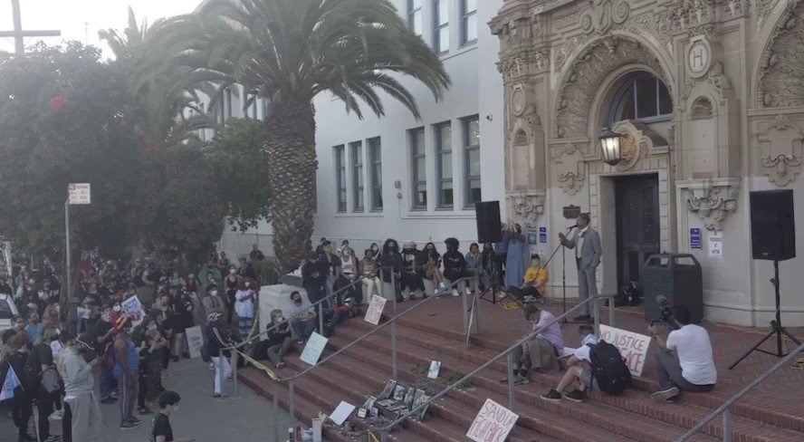 """.@ShahidForChange on police brutality:   """"We will start to fix these problems when we defund police AND the Pentagon... And we invest in the universal healthcare, the social workers, and housing for all that We The People of [San Francisco] have needed for decades."""""""