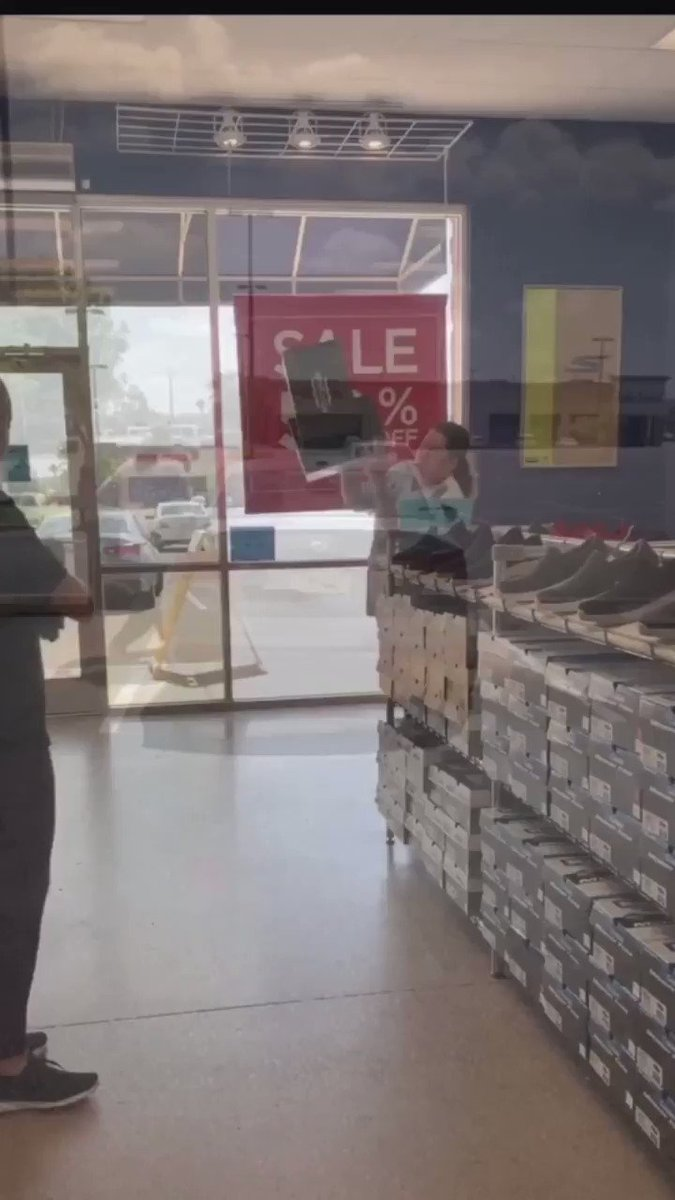 Wow. Check out this video of a woman throwing shoe boxes at an employee for asking her to wear a face mask (store policy). This happened at the Sketchers off Memorial and Penn in OKC.   The woman apparently left her wallet at the scene...which was given to police.