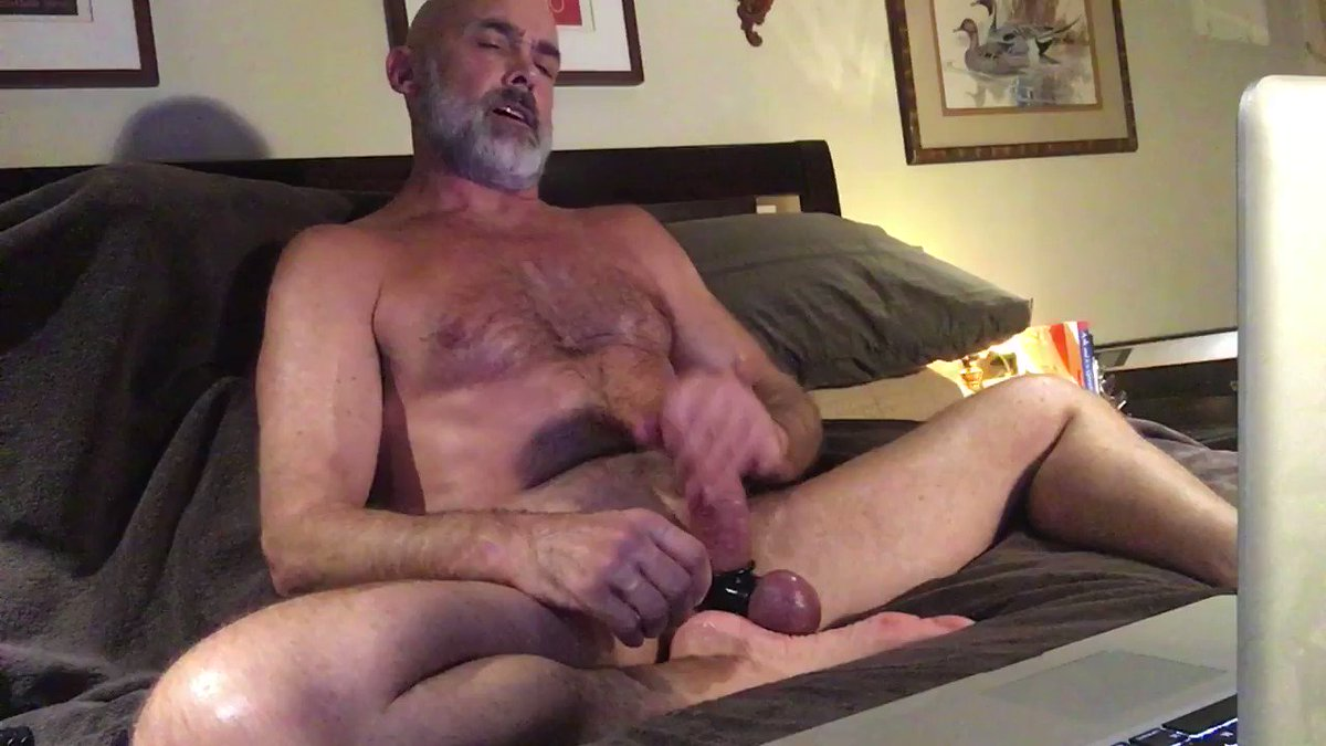 Daddy Will coaches and supports a boy during a masturbation session on the hot group chat feature on @BateWorld 🤛🏼🍆💦💦😜 #masturbation #bator #strongdong #penislove #practicalporn #daddyboy #tantricfitness #masturbationcoach
