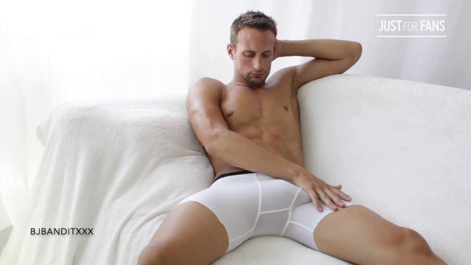 Big Uncut Jake Solo dropped! BUY at Store Tab #alpha #gay #gayporn #gaysex #gay4pay #uncut #straightseduced #muscletop...  See this and more at: