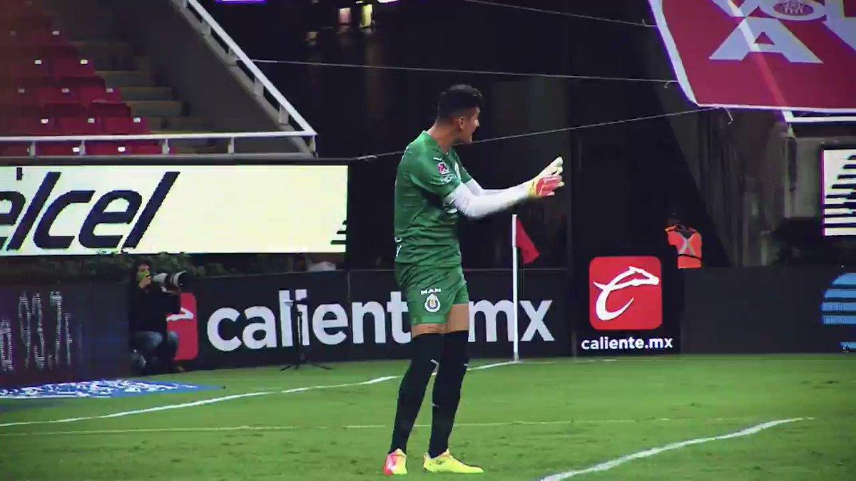 ¡Tu equipo favorito ya está en la cancha! ⚽ Disfruta de la #CopaGNPPorMéxico por #TUDN 🏆    📆Domingo 12   🦊 @atlasfc 🆚 @TigresOficial 🐯  @PumasMX 🆚 @TolucaFC 👿    📺 @TUDNMEX  | @MiCanal5